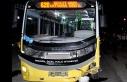 Bursa'da özel halk otobüsü ile otomobil kafa kafaya çarpıştı