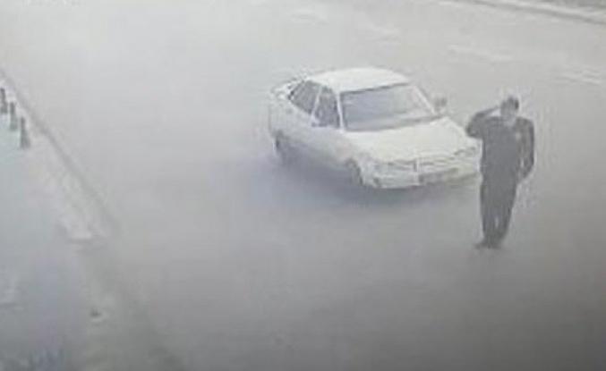Konya'da valiye selam duran polise araba çarptı