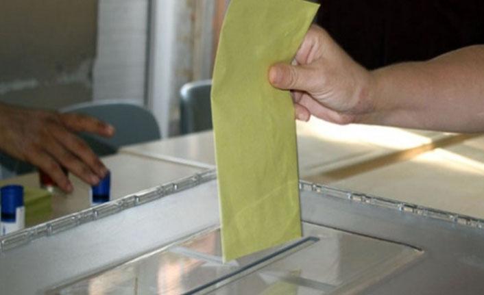 23 Haziranda 18 yaşına girenler oy kullanabilecekmi