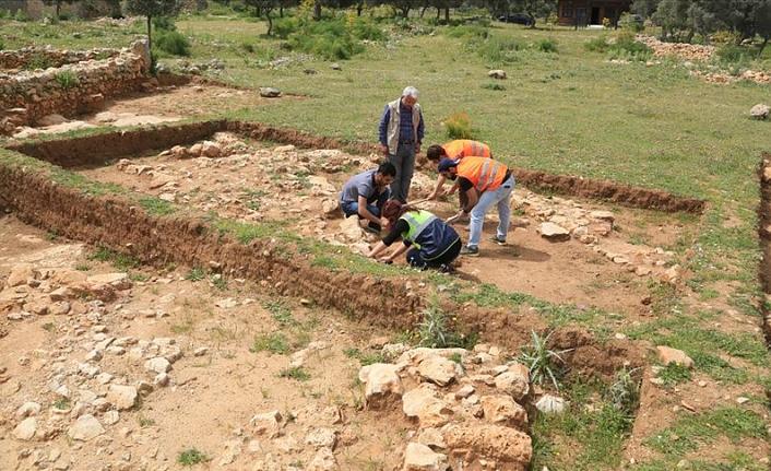 Beçin'deki yeni buluntular 700 yıl öncesine ışık tutuyor