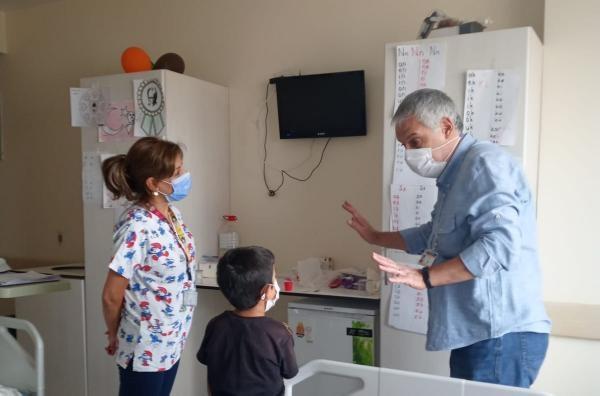 Baran Can, hastanede okumayı öğrendi
