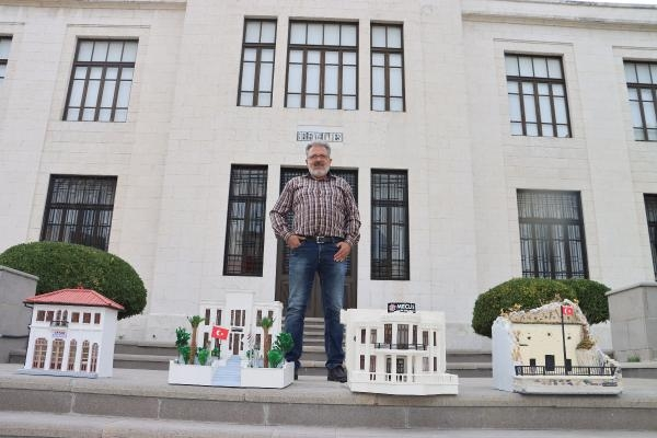 Barber discovered his talent in the pandemic, makes miniatures of historical places