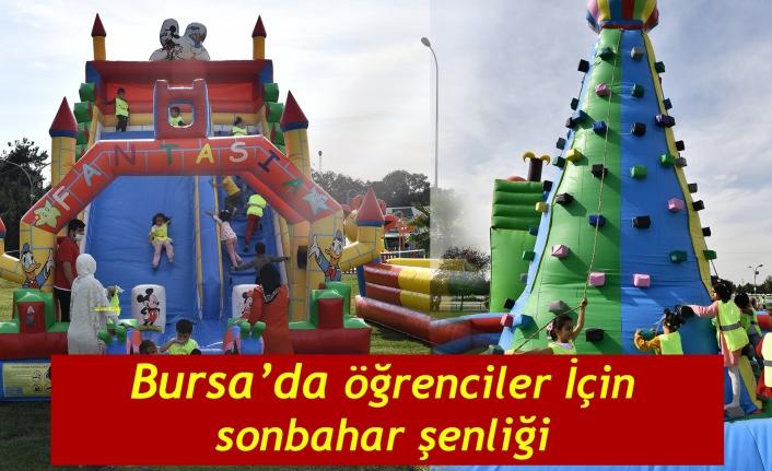 Bursa' da öğrenciler için sonbahar şenliği