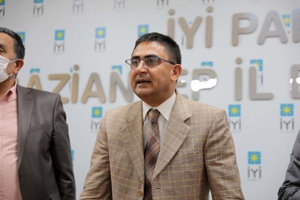 İYİ Parti'de 'yetki' istifası; Gaziantep İl Başkanı görevi bıraktı