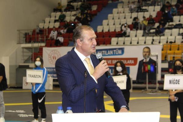 Metin Şahin: Yeni bir tekvando tesisi yapacağız