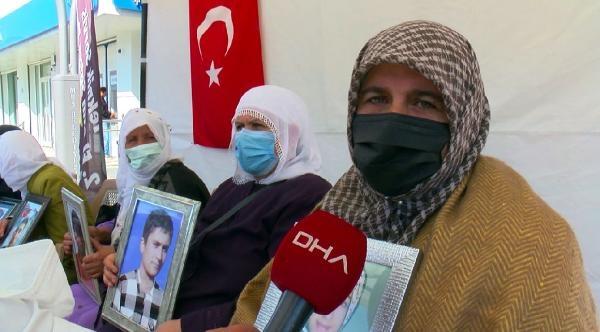 Muş'ta evlat nöbetindeki anne: Demirtaş'ın cezaevinden çıkmasını istemiyorum