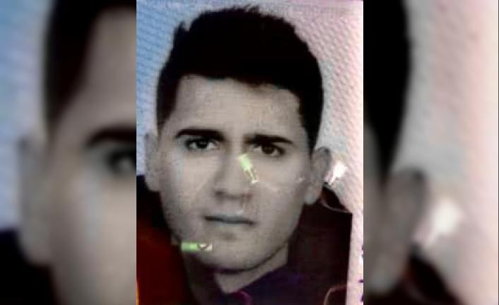 Ölen kişinin fotoğrafı//Beykoz Kuzey Marmara Otoyolu'nda kamyon, otomobilin üstüne devrildi