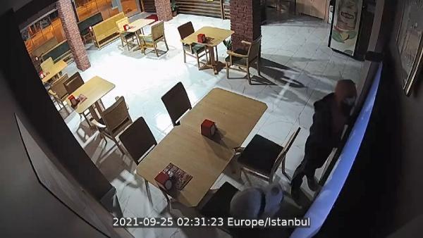 Sancaktepe'de börekçide 20 dakika arayla 2 hırsızlık
