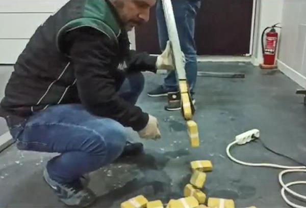 TIR dorsesine gizlenen107 kilo eroini'Talisca' buldu