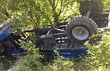 Traktör kontrolden çıktı... 1 ölü 3 yaralı