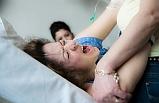 Diyarbakır'da ebe ve hemşireler hamile kadını doğum esnasında dövdüler
