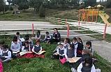Bursa'da çocuklar kitap okudu