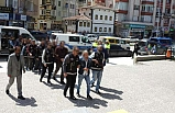 FETÖ operasyonu: 8 tutuklama!