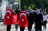 İstanbul'da vatandaşlar Atatürk Havalimanı'na gelmeye başladı