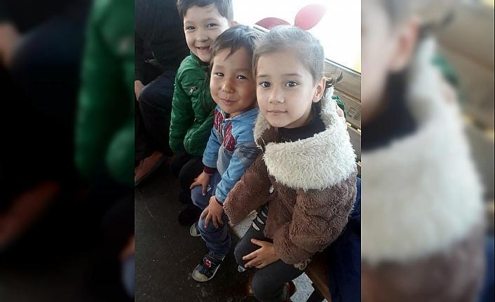 Çeşme'de 97 kaçak göçmen yakalandı