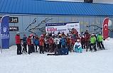 Bursalı öğrencilerin kayak keyfi!