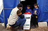 Suriye'deki kamplarda kalanlara sağlık kontrolü