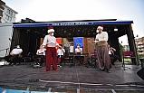 Bursalılar, 'Gezici Sahne'ile moral depoluyor