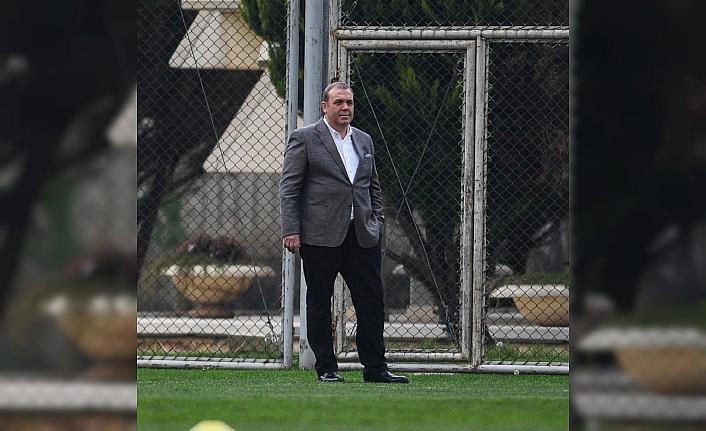 Bursaspor'daki elektrik krizini Başkan Erkan Kamat son anda çözdü