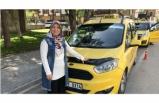 3 çocuk annesi İsmihan Topak aile ekonomisine katkı için 5 yıldır taksicilik yapıyor