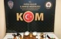 Bursa'da kaçak silah operasyonu, 1'i kadın üç kişi gözaltına alındı