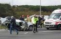 Ümraniye TEM Otoyolu'nda kaza yapan otomobil...