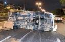 Bayrampaşa'da kamyonet takla attı: 1'i...