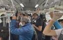 Metrobüslerin içindeki yoğunluk görüntülendi