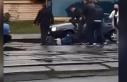 Ukrayna'da yolcular 'maske tak' uyarısı yapan...