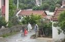 4 kişinin virüsten öldüğü mahallede yaşayanların,...
