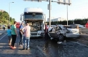 Hafriyat kamyonuyla çarpışan otomobildeki 3 kişi...