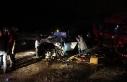 Otomobil, TIR'n altına girdi: 2 ölü, 1 yaralı