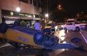 Beşiktaş'ta trafik kazasında ticari taksi takla...