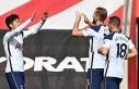 Harry Kane tarihe geçti, Tottenham farklı kazandı