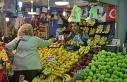 Kış meyveleri pazar tezgâhlarında sezona pahalı...
