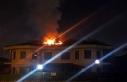 Sakarya'da bir villanın çatısında çıkan yangın...