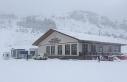 Keltepe Kayak Merkezi'nde kar kalınlığı 15 santimetreye...