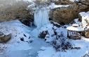 Sırakayalar Şelalesi'nde buzdan şölen