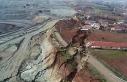 Termik santralin sebep olduğu heyelandan etkilenen...