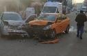 Ticari araçla otomobil çarpıştı: 1'i çocuk...