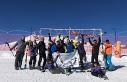 İzmir'den geldiler Erciyes'te kayak yapmanın...