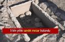 Çayönü Höyüğü'nde 5 bin yıllık sandık...