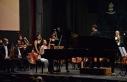 13 yaşındaki İlyun, Mozart'ın 13 numaralı...