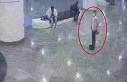 AVM'de hırsızlık kamerada