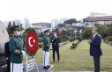 Bakan Çavuşoğlu, Güney Kore'de BM Anıt Mezarlığını...