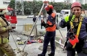Kitten rescue operation from 25 meters-long sewer...