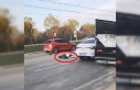 Yolun karşısına geçmeye çalışırken kazada...