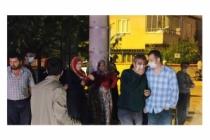 Bursa'da yangını izleyen meraklılar sosyal mesafeyi unuttu