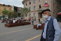 Giresun'da maske takmayan 10 kişiye 9 bin TL ceza kesildi