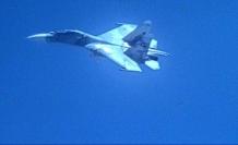 Savaş uçakları karşı karşıya geldi